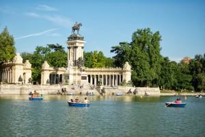 Spain.Madrid.estanque-del-parque-del-Retiro,EuroSpain Travel